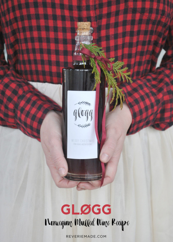 Glogg mulled wine recipe and DIY mulled wine favors, shared by Kristin Polhemus of @ReverieMade | www.reveriemade.com